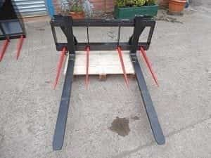 Tractor Loader Pallet Forks On Euro 8 Bracket