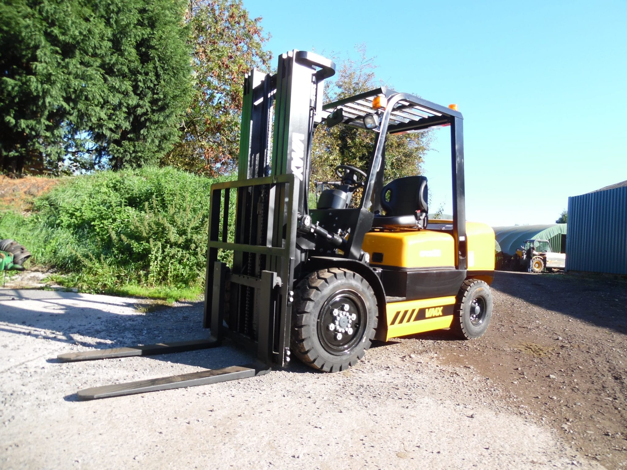 EX DEMO 3 Tonne Diesel Fork Lift Truck with Side Shift