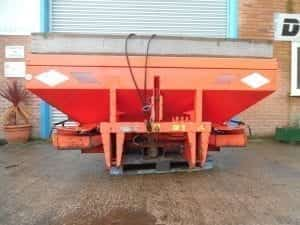 KUHN TRACTOR MOUNTED TWIN DISC FERTILIZER SPREADER