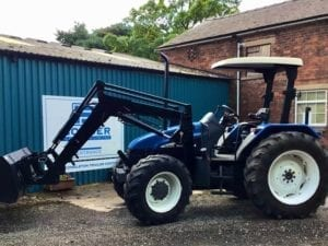 NEW HOLLAND TL100 LOADER TRACTOR